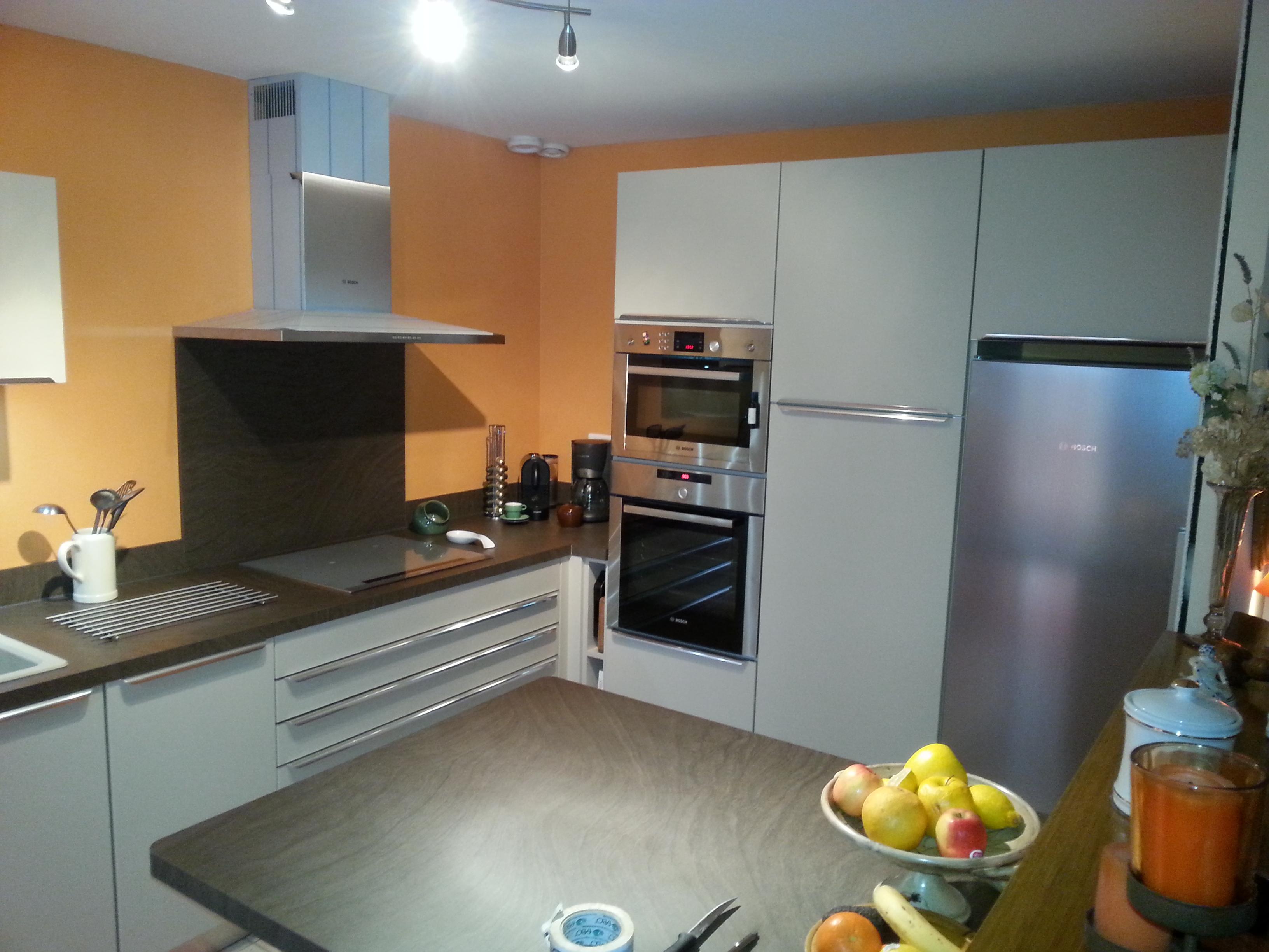 cuisine moderne zecchinon laque mat baziege pose de cuisines cuisiniste 31. Black Bedroom Furniture Sets. Home Design Ideas