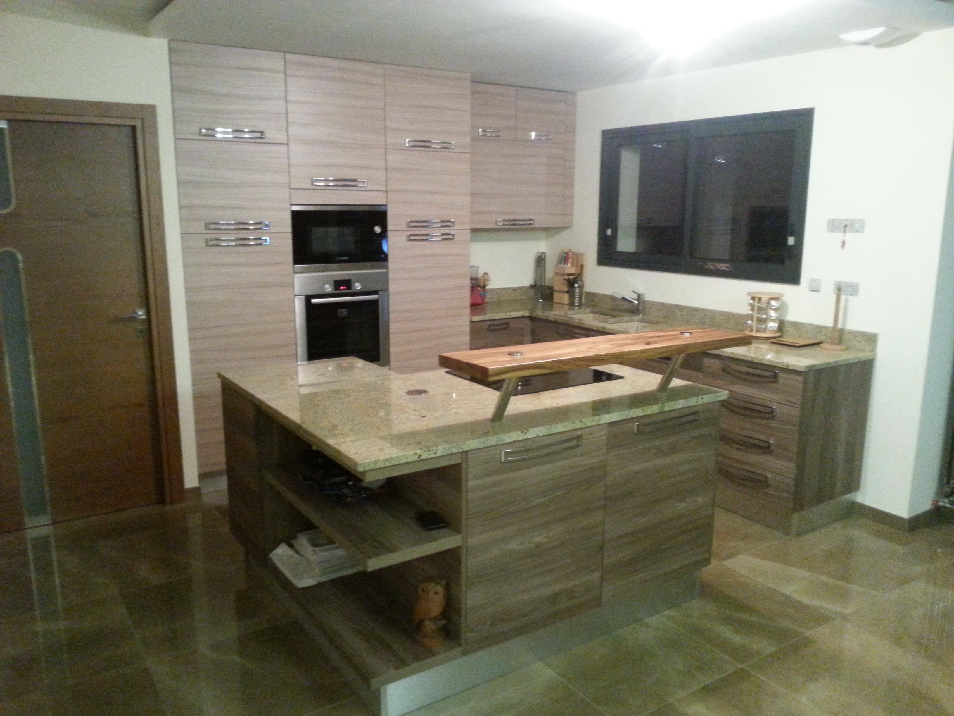 cuisine classique a pibrac pose cuisines cuisines 31. Black Bedroom Furniture Sets. Home Design Ideas